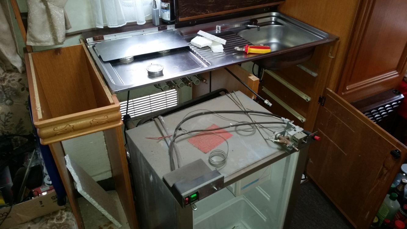 Smeg Kühlschrank Vw : Anleitung wohnwagen ausbauen kühlschrank hobby elsie gomez