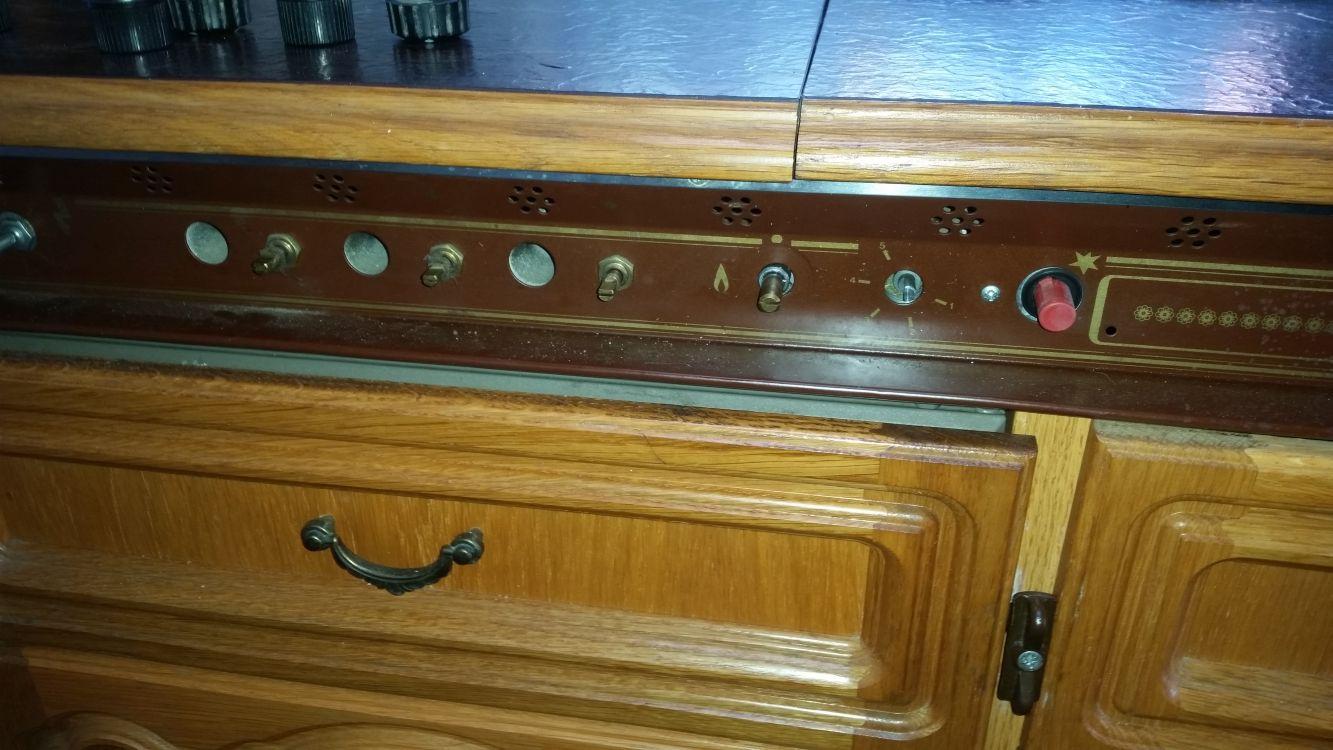 Kühlschrank Für Wohnwagen : Wohnwagen reparatur kuehlschrank giga sixkiller
